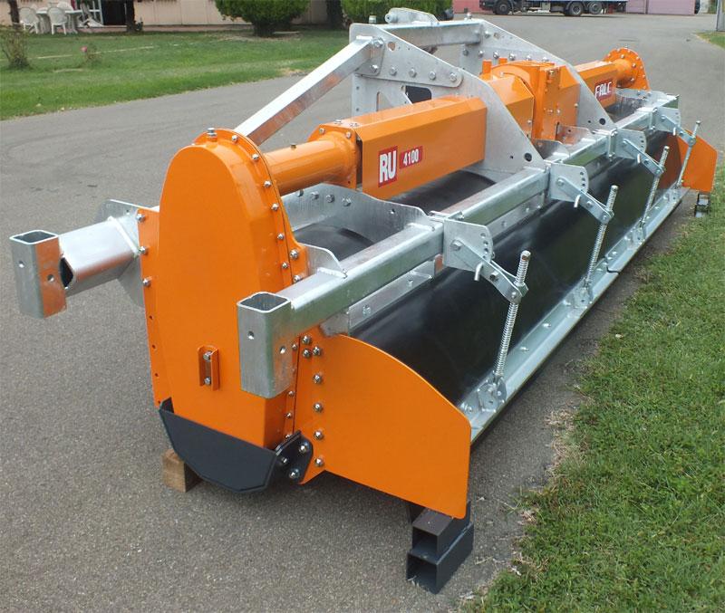 Falc - produzione di macchine per l'agricoltura: vangatrici, aratri rotativi, erpici rotanti ...